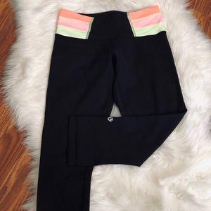 Lululemon Black Crop Leggings Neon waistband Sz 4